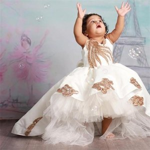 New Coming Puffy Satin Flower Girl Dress with Gold Appliques Bow Open Back Custom Made Baby Birthday Party Gowns High Low Q1118
