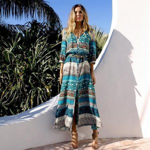 2021 New Bohemia Female Style with Cleavage Floral Ethnic Autumn Beach Party Long Retro Hippie Boho Dress in Night T62g