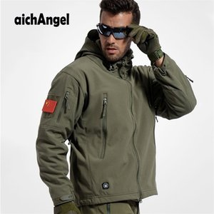 aichAngeI Army Camouflage Man Coat Military Jacket Waterproof Windbreaker Tactical Softshell Hoodie Jacket Winter Outwear 201218