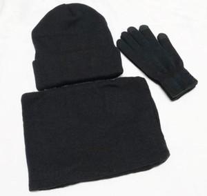 Neue Designer Hüte Schals Handschuhe Sets Mode Schal Handschuhe Mütze Cold Weather Zubehör Cashmere Geschenk-Sets für Männer Frauen GWE2888