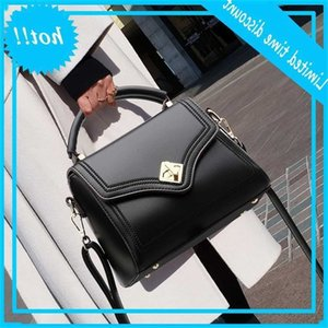 Genuine Leather 2021 New Ladies Messenger Large Capacity Fashion All-match Shoulder Bag Handbags Cc