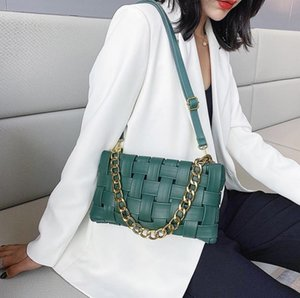 2021 hot sale European and American fashion high-quality woven pillow tofu small bag net red retro small square bag female shoulder message