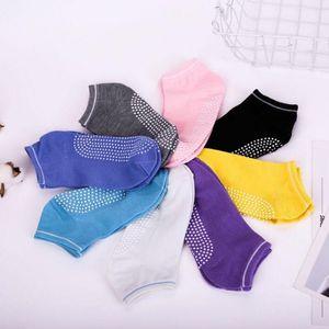 Chaussettes Femmes Slip Slip Quality Socks Coton Chaussettes Boutique Half-Tuyaux De Massage Chaussure Pilates Fitness Exercice Gym Anklet GWB3723