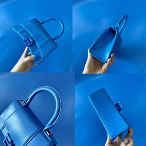 Classic hourglass bag-electric blue! Women's one shoulder or handbag shoulder strap can be detachable leather delicate details big B letter