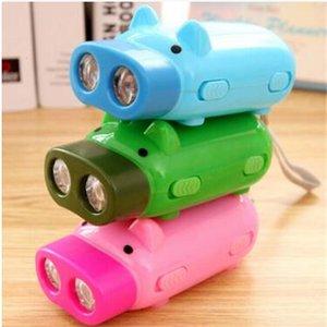 Creative novely Piggy Hand Pressing Pig Pressure Self-generating Mini Flashlight 2 led Flashlights portable outdoor Torc
