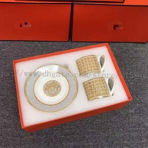 Nova porcelana xícara de café e pires ósseo china conjunto de café marca mosaico design contorno em xícara de chá de ouro e saucer set pires set