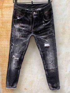 Venta al por mayor- italiano lujo rosa bordado jeans 2019 nuevo diseñador hombres jeans slim fit para hombre estampado jeans biker denim pantalones