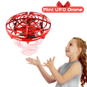 Hand Operated RC Helicopter Tik tok Short video tool Mini Drone UFO Christmas Drone Infrared Induction Aircraft Flying Ball Toys For Kids