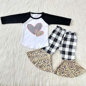 Hot sale baby girls designer clothes boutique outfits Valentine's Day kids clothing wholesale children clothing lattice pant bell bottom set