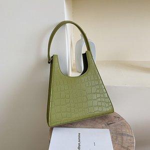 Women Designer Handbag Retro crocodile Shoulder Bag Alligator Subaxillary Bag Vintage Small Triangle green Handbag 2020 new Luxury Womens