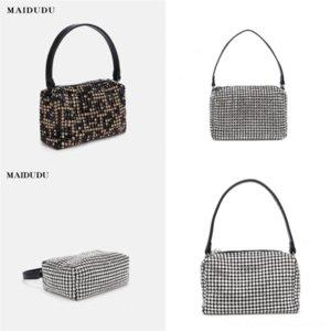 Bolsa de saco de compras de Eakuw Bolsa Bordado Livro de lona bolsa de lona Qualidade Tote Mulheres Bolsa High Michael Hors Handbag Bolsas