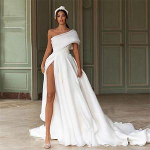 High-split Wedding Dresses Big Bow Appliqued 2021 Newest A Line Beach One-shoulder Bridal Gown Custom Made Ruched Satin Long Robes De Mariée