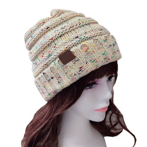 Good Quality Unisex Autumn Winter Woolen Hat With Label Knitted Men Women Warm Casual Outdoor Fashion Hats 15 Color
