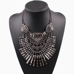 Hot Sale New Arrival Luxury Metal Chain Necklace Fashion Brand Bib Chunky Statement Necklace for Women Party Jewelry