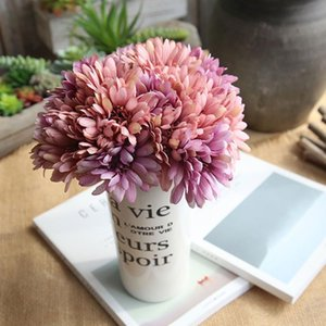 Artificial Flowers Gerbera Flower Chrysanthemum Bouquet Bridal Holding Flowers Fake For Home Decoration Wedding Party
