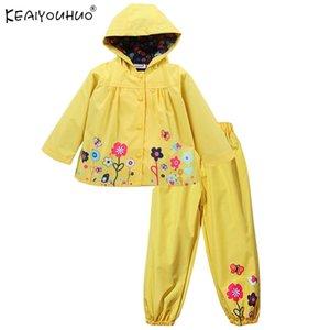 Keaiyouhuo Çocuk Giyim Setleri Kapüşonlu Yağmurluk Kızlar Spor Suits Uzun Kollu Kızlar Giyim Setleri Çocuklar için Su Geçirmez Kostüm Y200325