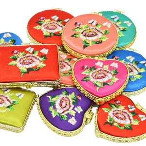 Embroidered Flower Design Makeup Mirror Compact Mini Pocket Mirror Folding Vintage Cosmetic Mirrors for Women Ladies Party Gift