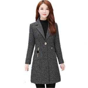 2020 Fashionable female clothing Women Windbreaker Plaid woolen coat high quality Autumn jacket Korean style jackets 1381