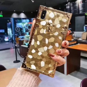 New Square Tyrant Gold 2020 Fashion Oro de lujo Caja de oro para iPhone 7 8 Plus XS XR XSMAX 11 12PRO 12PRO MAX MAX HARD COCE BLING CASE GOLD 5 ESTILOS