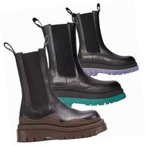 2020 New Fashion Brand Booties Uomo Stivali Pneumatici Piattaforma Donne Stivale Chunky Boot Boot Designer di Prestigio Designer di Prestigio Stivali da donna Designer Mid-Calf Stivali