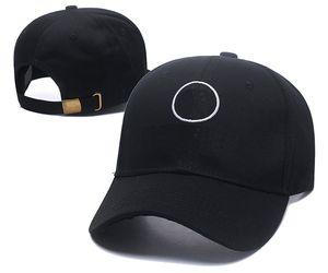 Fashion Mens Berretto da baseball Cappello Bone curvo Visiera Casquette Donne Gorras Cappelli da golf regolabili per uomo Hip Hop Snapback Caps