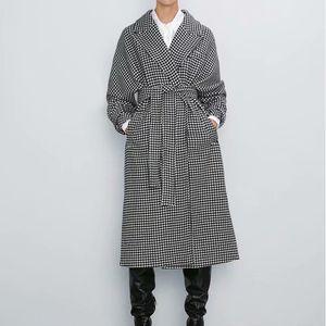 TFMLN 2020 Vintage Plaid Woolen With Belt Long Winter Thicken Warm Coat Jacket Blazer Turn Down Collar Female Outwear XD32 Y1112