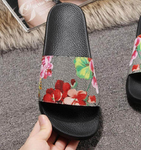 Mens / Donne Top Quality Paris Cursori Sandali estivi Sandali Beach Pantofole da spiaggia Ladies Flip Flops Mocassini Black Bianco Rosso Green Green Slides Shoes Shoes
