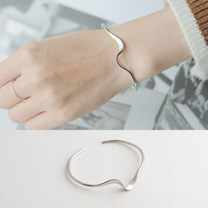 Weiheng S925 Sterling Silver Mobius ring opening design wave lady bracelet bracelet F1201