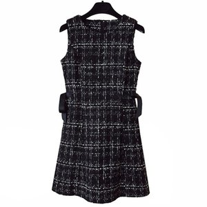 Forse U Tweed Dress Elegante Side Bow Abiti A-Line Abiti Nero Plaid senza maniche Summer O Neck Dress D0845