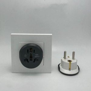 2020 New Fashion Universal Converter Adapter Travel Charger Wall Power Plug Socket Adapter High Quality Tool