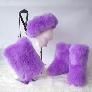 2021 Invierno Nuevo bolso de embrague de color sólido de tres piezas Sombrero de peluche caliente Mujeres Botas de nieve de alta calidad Bolsos de hombro de moda SAC a Main