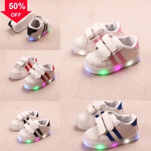 Scarpe da kidsluminose Pantofole Flash Shoe Lights Light Lights Led Fibra ottica Kritiv Size Up Tenis Led Sneakers # 525