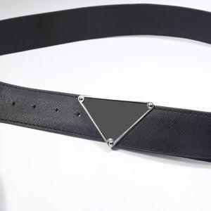 Cinturones de diseñadores de lujos para hombre para hombres Marcas Cinturón de moda Cintura Corriente Trajes de negocios Cinturones Jeans Cinturón No hay caja Nuevo 20120704DQ