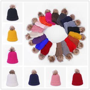 Pom Beanie Cuffed Winter Hat Fur Ball Knitted Slouchy Tuque Skull Cap Outdoor Warm Knit Crochet Hats Sports Skiing Headwear SALE F112704