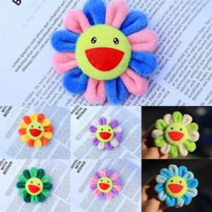 69M New Sun flower Pin Takashi Sunflowers Kiki Kaikai Brooch Murakami Rainbow Badge Strap Plush maple leave brooch sale Huachenyu same