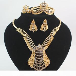 Mujeres Gold Silver Plateado Crystal Africa Dubai Boda Partido Collar Pendientes Pulsera Anillo Anillo Regalo Joyería Juego