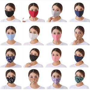 Mascarilla de la cara de algodón Impresión espesada Hombres Mujeres Diseñador de moda Máscaras de cara Invierno Protección contra el polvo a prueba de polvo Mantenga cálidas máscaras tridimensionales