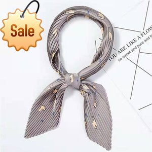 Wholesale China Fashion Silk Twill Custom Digital Printed Own Design Silk Square Scarf