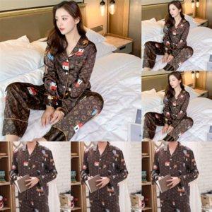 브랜드 미니언 Pijamas Baroque 목욕 가운 남성 여성 가운 커플 밤 럭셔리 홈 홀스 디자이너 간판 욕조 통기성 코튼 잠옷