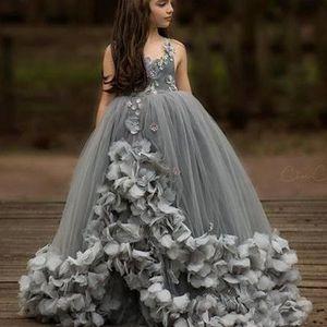 2019 Silver Little Flower Girls Dresses Square Neckline Hand Made Flowers Tiered Tulle Floor Length Little Girls Pageant Dresses Party Dress