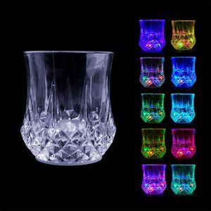 LED Wne Óculos Sensor Copo Colorido Luminou Vidros Vidros LED Entre na água e iluminar suprimentos de barras DHD3321