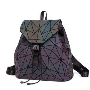 Designer-Fashion Luminous Backpack Women Geometric Backpacks For Teenage Girls Female Laser Diamond Students School Bag Mochila Bolsas