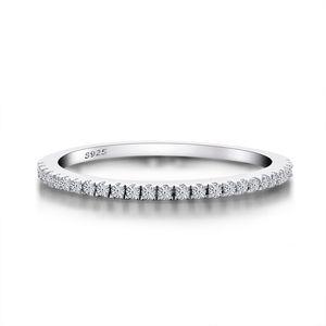 Qyi Eternity Wedding Bands per le donne Gioielli di moda Semplice rotondo taglio cubico zirconia Bridal Solid 925 sterling sterling anelli Z1121