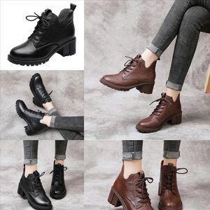 DBZ مصمم عجلة إعادة النايلون أحذية رجالية عالية أعلى الدانتيل متابعة قماش عارضة أحذية رياضية أبيض أسود القتالية أحذية مع