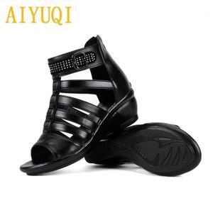Aiyuqi Women Sandals 2020 Verano Nuevas Mujeres Sandalias de cuero genuinas Tamaño grande 41 42 43 Rhinestones Roman Ladies Mother1