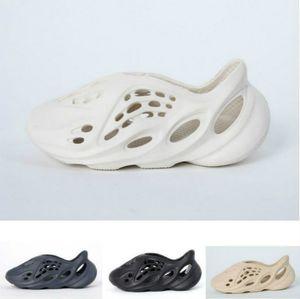 2020 Kanye West 700 V3 Summer Beach Slipper Foam Runner Hole Tobides Sandal Sandal Zapatos Niños Niña Niña Niño Tamaño 24-35 NC83
