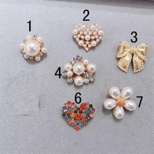 Bow Broche Pearl Flower Corsage Adorável Coração Empresa Pins Sweater Loose Revestimento Brooches Mulheres Delicadas Presentes Venda Quente 2 5rk M2