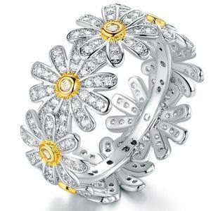 New Sparkling Vintage Fashion Jewelry 925 Sterling Silver&Gold Fill Chrysanthemum Pave White Sapphire CZ Diamond Women Wedding Band Ring Set