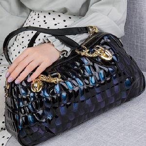 Nota: Presell en 12-15 bolsas de cuero genuino de Zooler para mujeres 2020 monederos de cuero real de 2020 y bolsos para damas bolsas de hombro de mano C0121