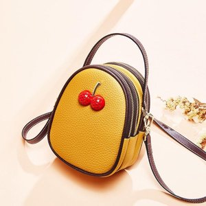 2020 Factory Wholesale 2019 new handbag cross pattern synthetic leather shell chain bag Shoulder Messenger Bag Fashionista 00023